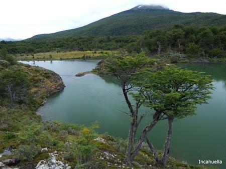 "Laguna Verde, 16 janvier 2011. Latitude 54° 50' 38,4"" Sud. Longitude: 68° 34' 28,2"" Ouest © Incahuella"