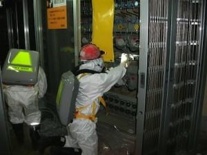 Inspection dans le bâtiment réacteur n°1 le 10 mai 2011 © Tepco